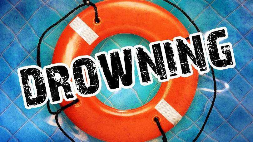 drowning+gfx