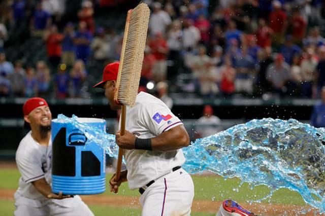639Athletics Rangers Baseball