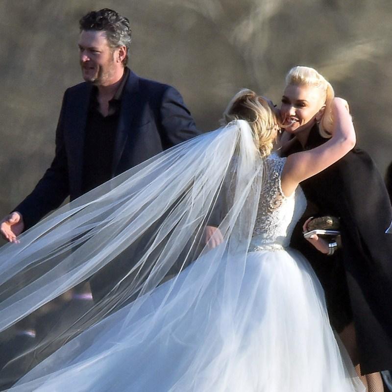 Blake And Gwen Attend Wedding In Today's Nashville Insider